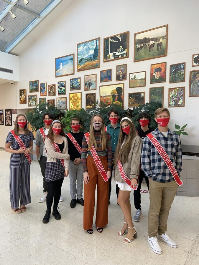 This year's homecoming court prepares for their send off through the halls of GMHS.